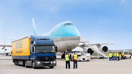 3 Ways to Reduce Air Freight Forwarding Costs